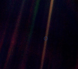 pale-blue-dot-voyager-earth-nasa